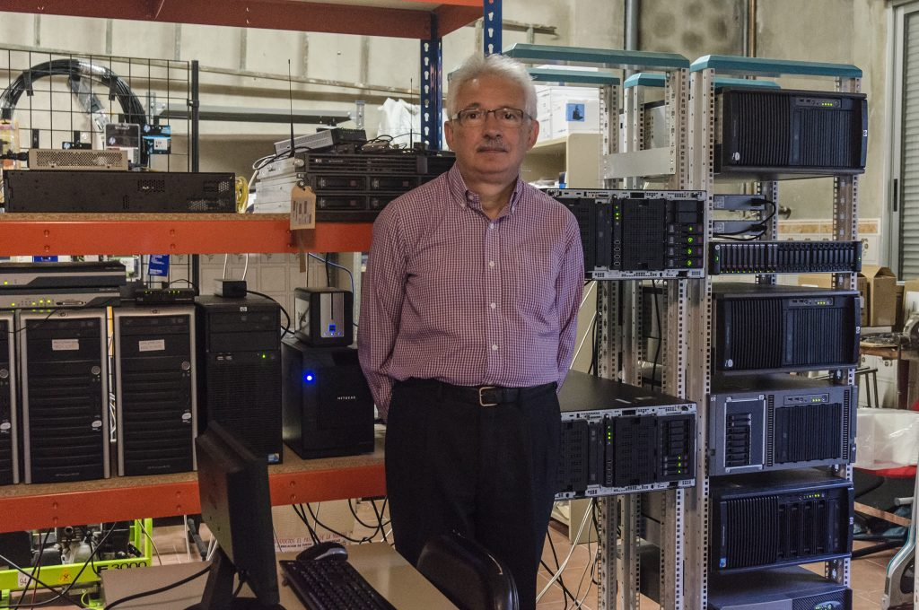 Ricardo Pastor in Tecnograma Consultores S.L. data center